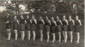 Meuselwitzer Frauenmannschaft gegen Ende der 1920er Jahre